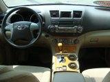 2010 Toyota Highlander Hybrid 4WD Dashboard
