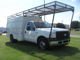 2006 Ford F350 Super Duty XL Regular Cab Chassis Data, Info and Specs