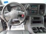 2003 Chevrolet Silverado 2500HD LS Extended Cab 4x4 Dashboard