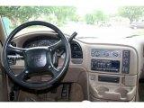 2002 Chevrolet Astro LT AWD Dashboard