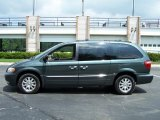 2002 Chrysler Town & Country Onyx Green Pearlcoat