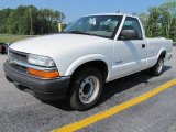 2002 Chevrolet S10 Regular Cab Data, Info and Specs