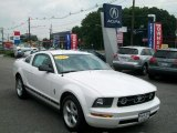2007 Performance White Ford Mustang V6 Deluxe Coupe #51188799