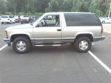 1999 Chevrolet Tahoe 4x4 Data, Info and Specs