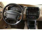 2000 Ford Explorer XLT 4x4 Dashboard