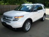 2011 White Platinum Tri-Coat Ford Explorer XLT 4WD #51670118