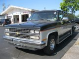 Chevrolet Suburban 1989 Data, Info and Specs
