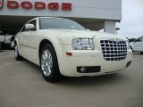 2008 Stone White Chrysler 300 Touring #51825102