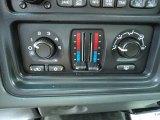 2004 Chevrolet Silverado 2500HD LS Regular Cab 4x4 Controls