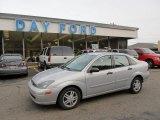 2003 CD Silver Metallic Ford Focus SE Sedan #52117934