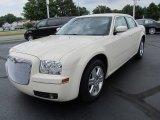 2006 Chrysler 300 Cool Vanilla