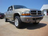 2004 Light Almond Pearl Metallic Dodge Dakota SLT Quad Cab 4x4 #52256214