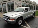 2004 Bright Silver Metallic Dodge Dakota SLT Club Cab #52453338