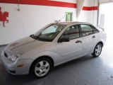 2005 CD Silver Metallic Ford Focus ZX4 SES Sedan #52453068