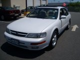 1998 Nissan Maxima Standard Model Data, Info and Specs
