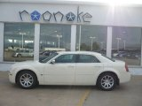 2005 Cool Vanilla Chrysler 300 C HEMI #52687896