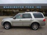 2008 Vapor Silver Metallic Lincoln Navigator Luxury 4x4 #52688060