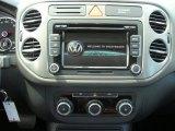 2011 Volkswagen Tiguan SE 4Motion Controls