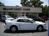 2001 Oxford White Ford Mustang V6 Coupe #53064223
