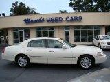 2004 Ceramic White Tri-Coat Lincoln Town Car Ultimate #53279930