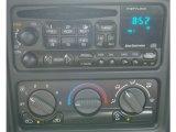 2002 Chevrolet Silverado 1500 LS Regular Cab 4x4 Audio System