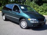Chrysler Town & Country 1998 Data, Info and Specs