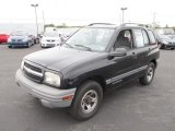 2000 Chevrolet Tracker Hard Top Data, Info and Specs