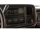 2002 Chevrolet Silverado 1500 LS Extended Cab 4x4 Audio System