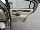 2003 Lincoln Town Car Executive Door Panel