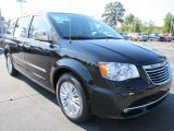 2012 Chrysler Town & Country Brilliant Black Crystal Pearl