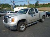 2007 GMC Sierra 2500HD SLE Extended Cab 4x4 Front 3/4 View