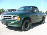 Chevrolet S10 1997 Data, Info and Specs