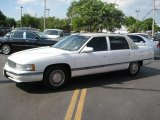 Cadillac Deville 1994 Data, Info and Specs