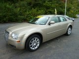 2009 Chrysler 300 Light Sandstone Metallic