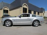 2009 Brilliant Silver Metallic Ford Mustang GT Premium Coupe #54791860