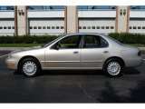 Nissan Altima 1997 Data, Info and Specs