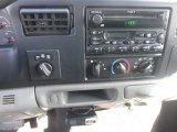 2003 Ford F250 Super Duty XLT Crew Cab 4x4 Audio System