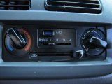 1998 Nissan Frontier XE Extended Cab 4x4 Controls