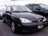 2005 Pitch Black Ford Focus ZX3 SES Coupe #55657958