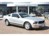 2009 Brilliant Silver Metallic Ford Mustang V6 Coupe #56013935