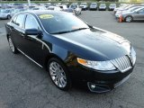 Lincoln MKS 2010 Data, Info and Specs