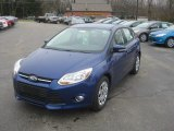 2012 Sonic Blue Metallic Ford Focus SE 5-Door #57001348