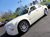 2005 Cool Vanilla Chrysler 300 C HEMI #57271363