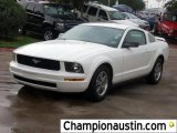 2005 Performance White Ford Mustang V6 Deluxe Coupe #57539509