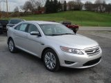 Ford Taurus 2012 Data, Info and Specs