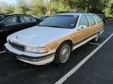 Buick Roadmaster Colors