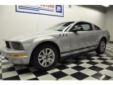 2007 Satin Silver Metallic Ford Mustang V6 Deluxe Coupe #57969992