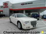2005 Cool Vanilla Chrysler 300 C HEMI #57874817