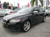 Volvo V50 Data, Info and Specs