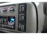 2004 Chevrolet Astro LS Passenger Van Controls